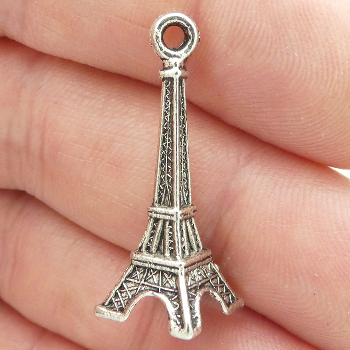 """SILVER /""""3D EIFFEL TOWER TRAVEL/"""" CHARM WITH SPLIT RING"""