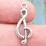 Treble Clef Note Music Charm Medium in Antique Silver Pewter